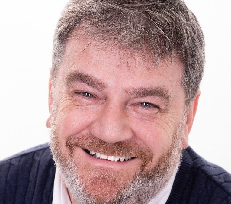 How to save money using a 'good' energy consultant – Warren Munday explains.